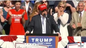 trump and kortuis at rally